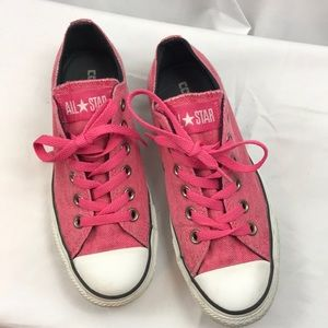 Converse All Star sz6.5 Pink low top sneakers
